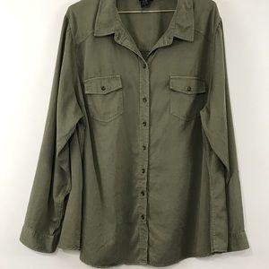 Torrid womens button up shirt green size 3